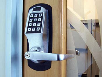 Get Your Lock Solutions from the Best Locksmith Avondale Arizona Has to Offer